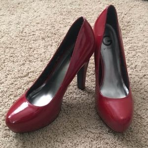 Red Platform Patent Leather Pumps